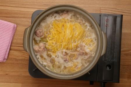贈答用【鳥藤の鍋×とりそば】鳥藤の水たき・煮込み麺付き 化粧箱入り